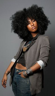 Rock star hair!! Big beautiful fro. Natural Hair. Long. African-American hairstyles.