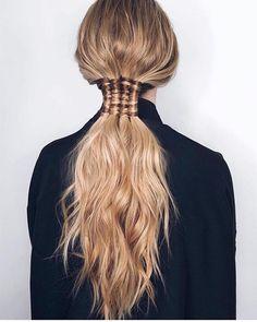 via @viola_pyak Hair Health And Beauty, Hair Beauty, Beauty Style, Messy Hairstyles, Pretty Hairstyles, Concert Hairstyles, Pelo Editorial, New Mode, Hair Day