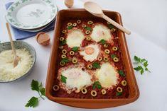 Shakshuka - oua posate in sos de rosii   Foodieopedia Bon Appetit