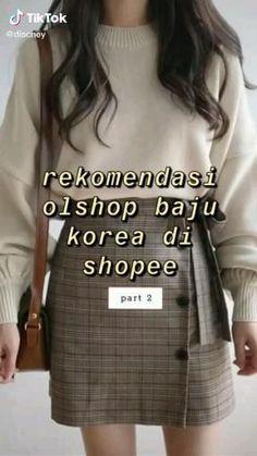 Korea Fashion, Kpop Fashion, Hijab Fashion, Fashion Outfits, Fashion Tips, Korean Outfits, Trendy Outfits, Online Shop Baju, Best Online Clothing Stores