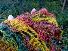 Autumn colors shawl, close-up.  #Autumn #crochet #shawl #OldenPatterns