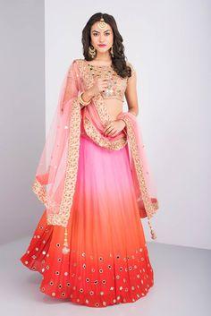 1600 AD BY NAISHA NAGPAL Ombre Shaded Lehenga Set. #flyrobe #weddings #indianbride #lehenga #sangeetlehenga #lehengacholi #designerlehenga