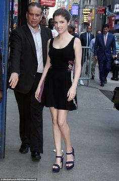 Anna Kendrick stepped out in New York City, wearing the chicest little black dress. The flirty number featured a clean silhouette and colorful ribbon detailing on the sides. She kept the look simple and sweet with just a pair of chunky platform sandals. High Fashion Outfits, Sexy Outfits, Fashion Tips, Night Outfits, Anne Kendrick, Rachel Platten, Rachel Bilson, Pitch Perfect, Celebs