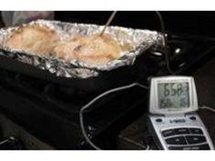 How to Make Baked Chicken Golden Brown Chicken On A Stick, Chicken With Olives, Raw Chicken, Oven Baked Chicken, How To Cook Chicken, Roasted Butternut Squash, Roasted Garlic, Chicken Images, Chicken Recipes