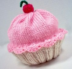 To do: figure out how to make this adorable cupcake hat.