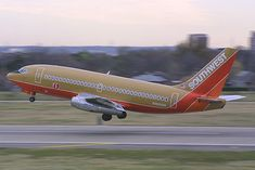 southwest airlines 737-200 | Southwest Airlines Boeing 737-2H4/ADV N102SW | Flickr - Photo Sharing!