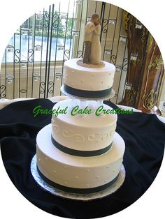 Ivory and Hunter Green Wedding Cake by Graceful Cake Creations, via Flickr