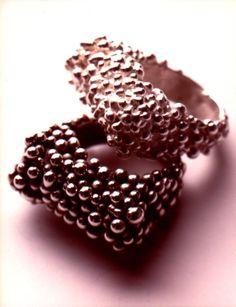 Rings black or white - Anelli goccioline - bianco o nero