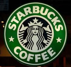 If you've never heard of Starbucks Coffee, you must have been living under a rock. Starbucks Coffee is one of the most successful food franchises of this decade. There seems to be a Starbucks in virtually every city in the United States. Coffee Drink Recipes, Starbucks Recipes, Starbucks Drinks, Coffee Drinks, Starbucks Vanilla Latte, Starbucks Logo, Starbucks Coffee, Starbucks Secret Menu Items, Starbucks Rewards