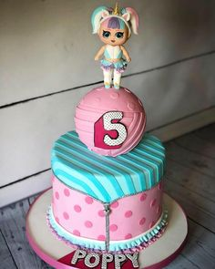 LOL surprise cake - cake by Maria-Louise Cakes Doll Birthday Cake, Funny Birthday Cakes, 5th Birthday, Birthday Ideas, Lol Doll Cake, Baby Doll Cake, Surprise Cake, Pear Cake, Doll Party