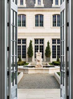 Design Library: Chateau des Fleurs – Greige Design