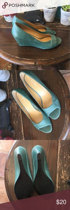 """Nine West Teal Peeptoe Wedges - 8 Wedges done right💗classy and cool😀Only worn 1x❗️beautiful shoe and would pair quite nicely with the Marc jacobs satchel in my closet.""""👠💗 Nine West Shoes Wedges"""