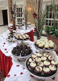 Valentine's Day is all about showing appreciation for someone special, something we specialize in! Whether it is a breakfast event, luncheon, or sweet table featuring fresh cupcakes to grab-and-go, we can help you put on an event everyone will LOVE! Visit our site for more great event ideas. #Valentine #TenantAppreciation #EmployeeAppreciation