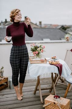 Vintage Outfits, Classy Outfits, Fall Outfits, Cute Outfits, Vintage Pants, 50s Outfits, Dinner Outfit Classy, Vintage Inspired Outfits, Vintage Womens Clothing