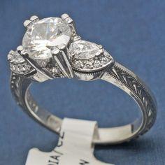HT2358-Tacori-Diamond-Platinum-Engagement-Ring