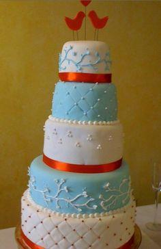 Bird wedding cake. branch design. colors and birds
