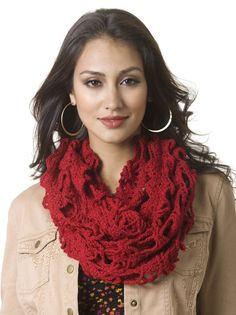 Free super easy cowl crochet pattern by Caron.