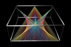 Marie Novak, Prism koffietafel, kleuren - De Prism Koffietafel door Marie Novak - Wonen voor Mannen