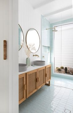 Bad Inspiration, Bathroom Inspiration, Interior Design Studio, Bathroom Interior Design, Scandinavian Home, House And Home Magazine, Beautiful Bathrooms, Home Decor Accessories, Home Remodeling
