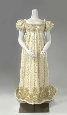 fripperiesandfobs:  Court dress ca. 1806-10 From the Rijksmuseum  Damn, look at that embroidery…