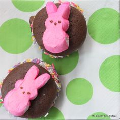 Easter Dessert -- Peeps Whoopie Pies Recipe ~ * THE COUNTRY CHIC COTTAGE (DIY, Home Decor, Crafts, Farmhouse)