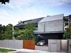 66MRN House by ONG&ONG