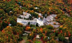Nestled in the Poconos, this family-friendly inn features a restaurant, lounge, and indoor pool; located near Camelback mountain resort