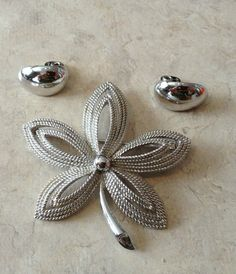 Vintage Trifari Leaf Brooch and Clip On Earrings by thebeautifulboheme. Explore more products on http://thebeautifulboheme.etsy.com