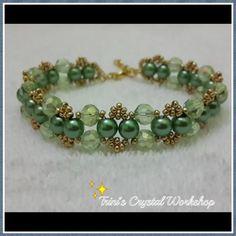 He encontrado este interesante anuncio de Etsy en https://www.etsy.com/es/listing/235371488/green-light-color-bracelet-friendship