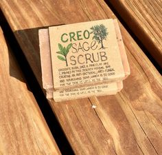 CREOSOTE BUSH 🌳, sage, pink clay are combined in this deserty herbal bar creating an anti bacterial + anti fungal and nourishing soap which is so good for the skin as well as the soul ♥️