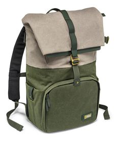 The clever camera backpack inspired by natural environments. The innovative National Geographic Rain Forest camera and laptop backpack M is made to stand out. With its natural-inspired green and taupe coloured fabrics, it echoes the beauty of the rainforest and the ancient handicrafts of its traditional inhabitants. Clever as well as stylish, this camera backpack enables you to store all your gear in one place, and access it with ease. Keeping things safe and secure, this camera bag can fit…