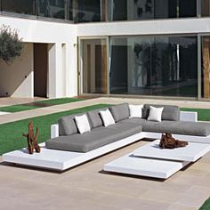 Platform Outdoor Sectional Sofa Contemporary Patio Chicago With Outdoor Furniture Sectional Sofa Ideas Best Outdoor Furniture, Outdoor Couch, Outdoor Lounge, Outdoor Spaces, Outdoor Living, Outdoor Decor, Pool Furniture, Cheap Furniture, Hardwood Furniture