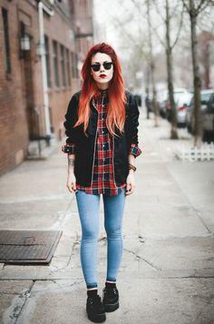 Choker + check shirt + black jacket + jeans + black shoes