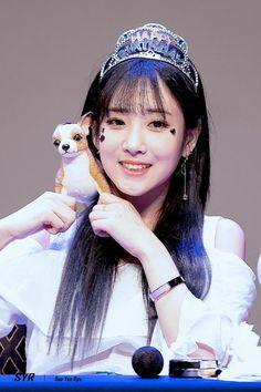 Lovelyz Jiae, Gfriend Sowon, Girl Group, Kpop, Jewelry, Fashion, Jewellery Making, Jewlery, Jewelery