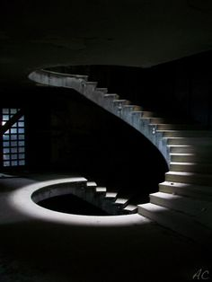 Someone went to an abandoned hotel. Did they light the side of the steps and take a long exposure picture . Elke Kempfle saved to Stairs *in moss Madrid Stair Lighting, Cool Lighting, Lighting Design, Spiral Staircase, Staircase Design, Light Architecture, Architecture Details, Stair Steps, Interior Stairs