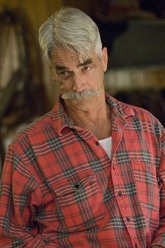 Sam Elliot portrays Beau Bennett in The Ranch (2016-20)