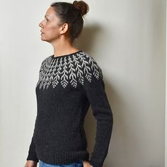 Ravelry: Fern & Feather pattern by Jennifer Steingass Jumper Knitting Pattern, Knitting Yarn, Icelandic Sweaters, Feather Pattern, Sweater Design, Christmas Knitting, Knit Patterns, Pulls, Knit Crochet