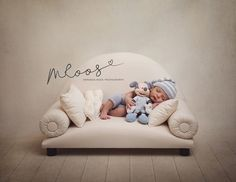 kids sofa couch photo prop play by on Etsy Newborn Photography Poses, Photography Backdrops, Children Photography, Newborn Bed, Foto Newborn, Newborn Fotografia, Kids Sofa, Bed Photos, Foto Baby
