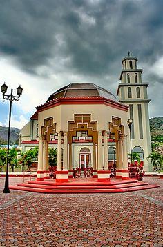 """Plaza de Recreo Villalba, P.R."""" Ciudad de Los Avancinos"""""""