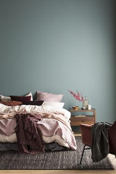 Forest green bedroom colors Get your home ready for spring with these 50 quick decor updates and cleaning jobs Forest Green Bedrooms, Green Bedroom Walls, Green Bedroom Decor, Bedroom Wall Colors, Bedroom Color Schemes, Green Rooms, Forest Bedroom, Colors For Bedrooms, Green Bedroom Colors