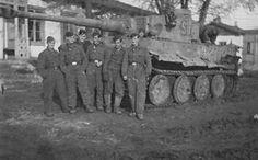 Tiger I tank code S15 of Schwere Panzerkompanie SS-Panzer Regiment 2 Das Reich