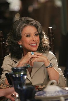 of Rita Moreno in Cane One of my favorite celebs she's one of a few EGOT holders- Winner of an 'Emmy, a Grammy, an Oscar & aTony' award. Rita Moreno, Divas, Beautiful People, Beautiful Women, Ageless Beauty, Going Gray, Aging Gracefully, Advanced Style, Grey Hair