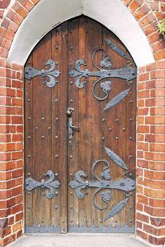Olsztyn Old town with Gothic Castle Door Wrap — Rm Wraps Big Doors, Small Doors, Fairy Garden Doors, Garden Gates, Vampire House, Medieval Door, Castle Doors, Gothic Castle, Graffiti Pictures