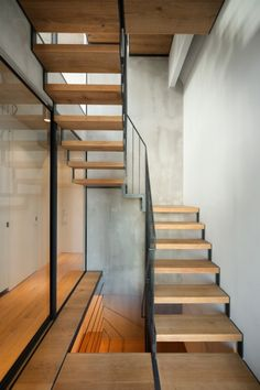 Minimalist Staircase in Skycourt House by Keiji Ashizawa