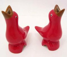 - Pie Vent Bird Pair - Red