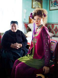 Gudrun Sjöden: Love these colours together. Gypsy Style, My Style, Gypsy Girls, Dedicated Follower Of Fashion, Gudrun, Boho Fashion, Fashion Outfits, Swedish Fashion, Beautiful Outfits