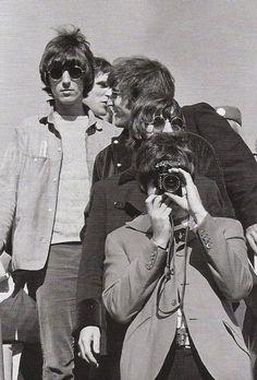 The Beatles disembark.