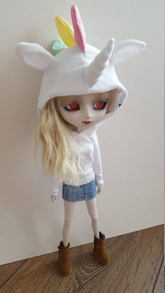 Pullip Type 3/4 or Obitsu or Isul Hoodie White pastel