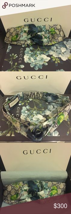 Gucci GG Blooms print silk headband Authentic, worn once, Gucci Blooms print silk headband (fall collection). Gucci Accessories Scarves & Wraps