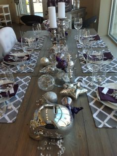 #urban_barn #spiedstyle loves holiday entertaining, and is giving their dining decor a twist